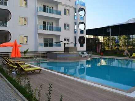 Das Orange City 2 befindet sich in attraktiver Lage nur 350 m vom Strand ALANYA / MAHMUTLAR