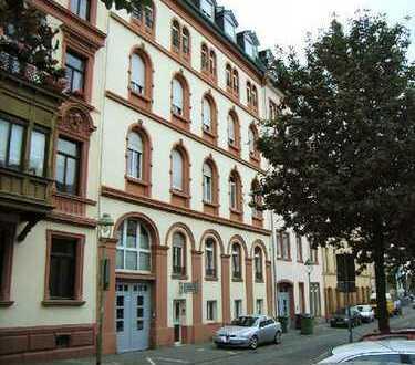 3-ZKB - Hochparterre-Wohnung mit Terasse und mediterranem Gartenanteil in der Altstadt von Mainz