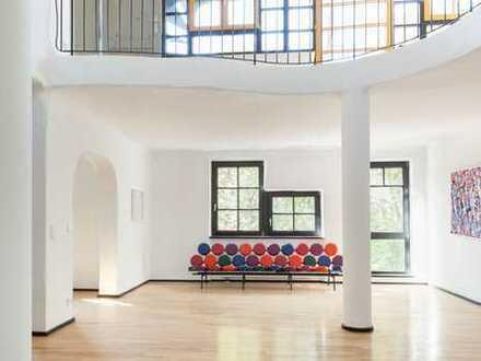 """""""Haus im Haus"""" mit 160 m² Dachgarten in einzigartigem Kunstensemble"""