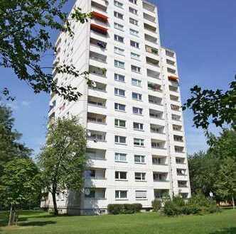 Schöne 2,5-Zimmer-Wohnung mit Balkon im Hasenbergl
