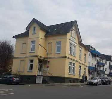 Gepflegte 3-Zimmer-Dach-Wohnung mit Balkon in alter Villa in Gevelsberg