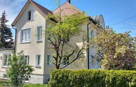Großzügige, sonnige 3-Zimmer-Wohnung mit Wintergarten, Balkon und Einbauküche in Lauchheim