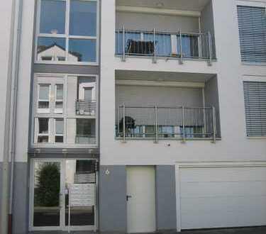 prov.-frei hochwertige Traumwohnung in Bestlage, Beuel-Mitte - Balkon, EBK, Parkett, Rhein fußläufig