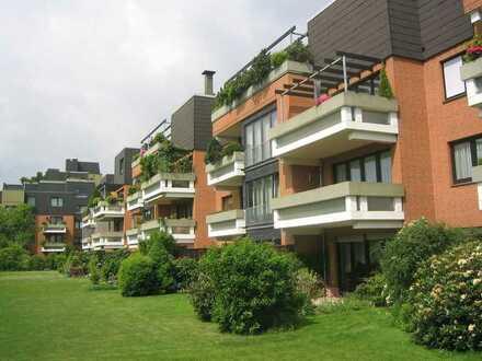 BOTHFELD, helle 2-Zimmer-Wohnung mit EBK und Balkon