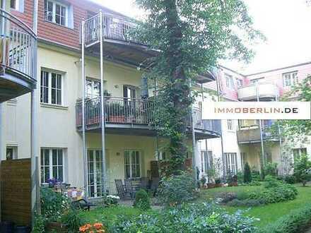 IMMOBERLIN: Adrette Wohnung mit Südbalkon in Potsdamer Bestlage