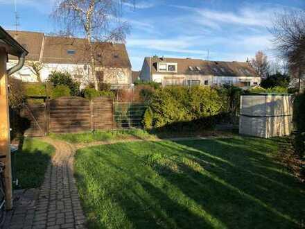 Wohnen im schönen Einfamilienhaus - Reiheneckhaus in Köln Porz zu vermieten