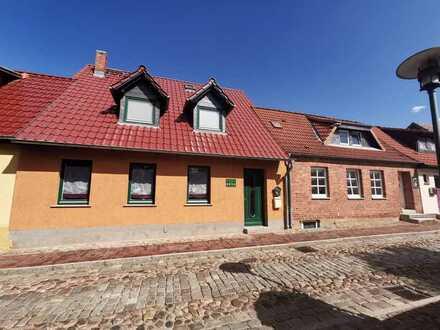 Pension Restaurant und 2 separate Wohnhäuser