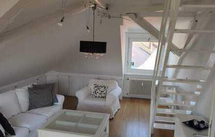 Helle vollständig renovierte 3-Zimmer-DG-Wohnung mit Balkon und EBK in HD-Kirchheim