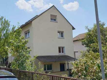Mehrfamilienhaus in Bensheim-Auerbach 8-Zimmer mit 3 Wohnungen und Laden/Büro