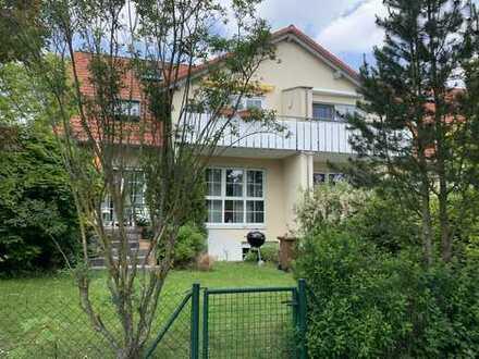 Exclusive schöne 4-Zimmerwohnung mit Balkon oder Terrasse am Bruderwald zu verkaufen