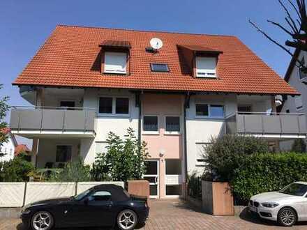 Hochwertig ausgestattete 4 ZKB-Maisonette Wohnung mit Balkon in begehrter Lage von Gerolsheim