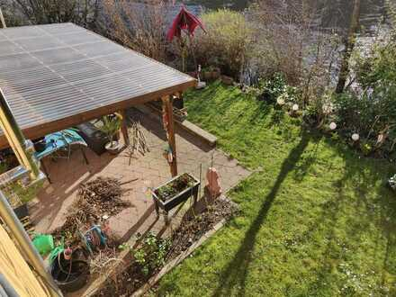 Gepflegte 5-Zimmer-Wohnung mit Balkon, Garten und Einbauküche in Bingen