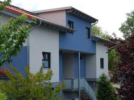 Exklusives Niedrigenergiehaus (Doppelhaushälfte)