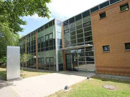 Voll vermietetes Büro- und Schulungsgebäude mit attraktiver Rendite