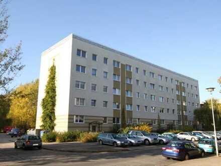 Umzugsprämie von 500 €: Schöne 4-Raum-Wohnung mit Balkon