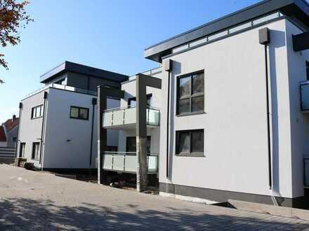 Klimatisierte 2 Zimmer Penthouse-Wohnung mit großer Dachterrasse