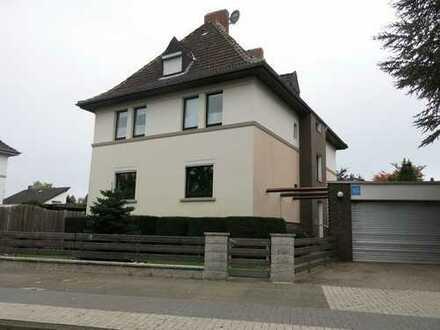 700 €, 90 m², 3 Zimmer