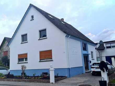 Ihr Traum vom Eigenheim – Großzügiges Ein- Zweifamilienhaus mit Einliegerwohnung in Stutensee