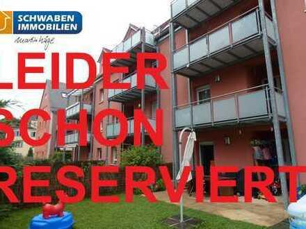 3-Zimmer-Erdgeschosswohnung mit Terrasse, Gartenanteil und PKW-Stellplatz in Augsburg zu verkaufen!
