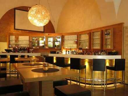 Eine seltene Gelegenheit: hochwertig ausgestattetes Murnauer Szenelokal zu übernehmen!
