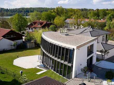 Außergewöhnliche High-Tech-Villa, 50 m Luftlinie vom Seeufer Wörthsee!