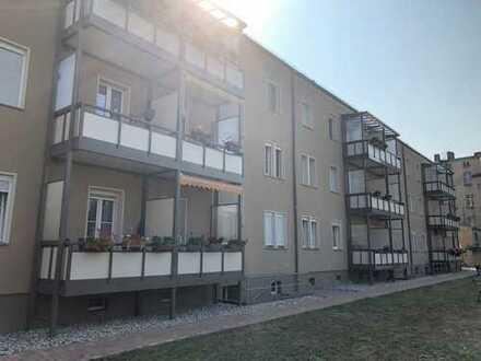 moderne 3 Raumwohnung mit Balkon und Abstellraum