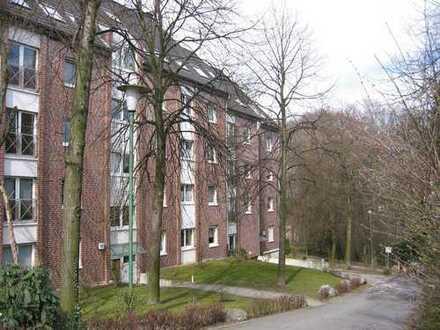 Komfortwohnung auf 2 Ebenen, DG, 2x Balkon, 2x Bad, Abstellraum, TG uvm.