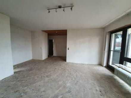 Gemütliche 2-Zimmer-Hochparterre-Wohnung mit Balkon und EBK in Neu-Ulm/ Pfuhl