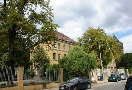 Schöne Eigentumswohnung in renoviertem Altbau