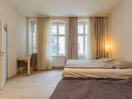 Möblierte, geräumige 1-Zimmer-Wohnung mit EBK in Neukölln, Berlin