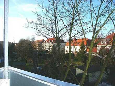 Immobilienpaket bestehend aus 2 langjährig vermieteten Eigentumswohnungen mit Westbalkon in Lößnig!