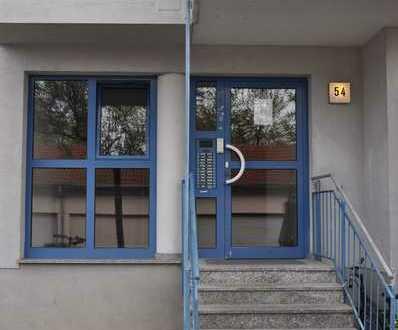Sehr schöne, gepflegte Wohnung mit 2 Balkone im Landauer Horstgebiet
