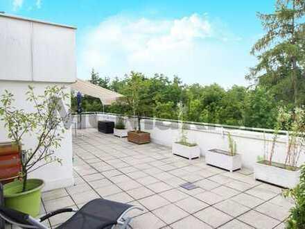 Ausblick ins Grüne: Sonnendurchflutete 3,5-Zi.-ETW mit großer Dachterrasse und TG-Stellplatz