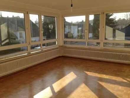 Attraktive 5-Zimmer-Wohnung in Mannheim-Lindenhof, nähe Rhein und Waldpark