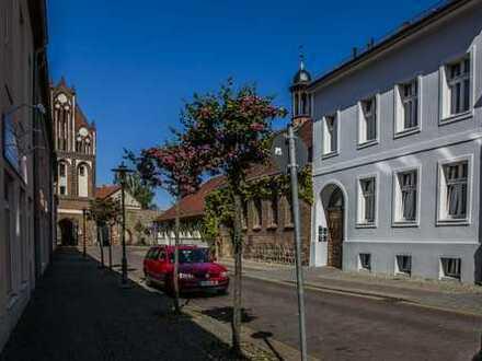 LEHNITZSEE-IMMOBILIEN: Mehrfamilienhaus in bester Lage von Gransee