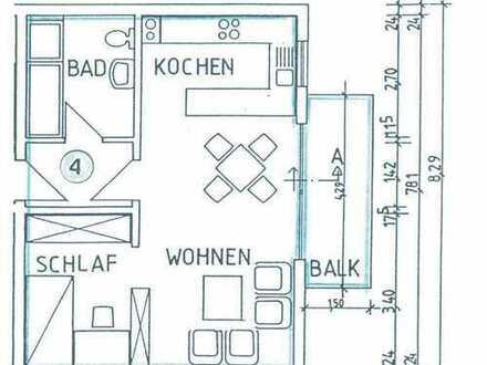 Schöne 2-Zimmer-Wohnung mit Balkon und Einbauküche in Karlsbad