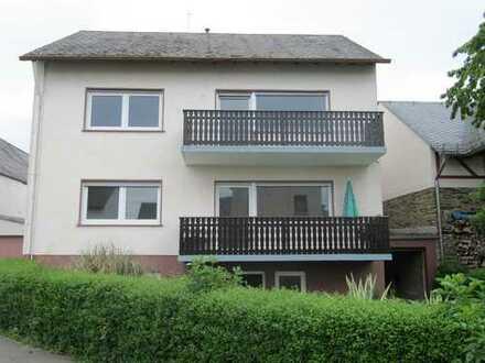 Renovierte Wohnung Haus in Rheinhöhenlage