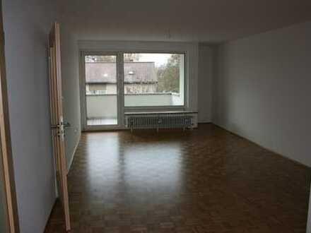 Erstbezug nach Sanierung: attraktive 4-Zimmer-Wohnung in Weingarten mit Balkon