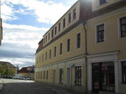 **Große Büroeinheit direkt am Markt von Bischofswerda **
