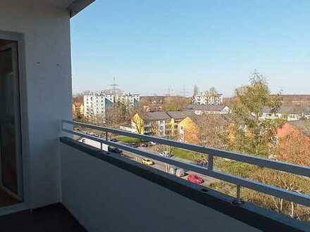 Lichtdurchflutete Dachgeschosswohnung in Dortmund mit 3,5 Zimmern und weitläufigem Ausblick