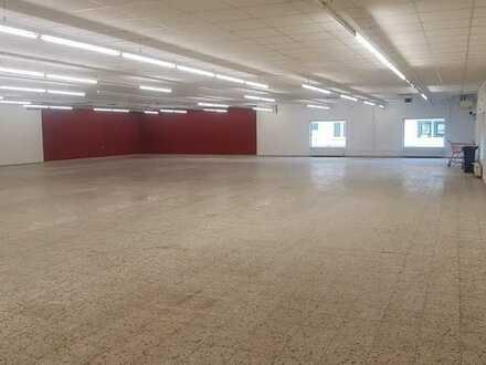 1.200 qm Einzelhandelsfläche in 1A Lage zu vermieten