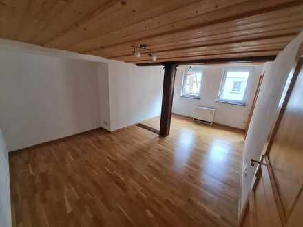 Freundliche 3-Zimmer-Wohnung im Zentrum Bad Urachs
