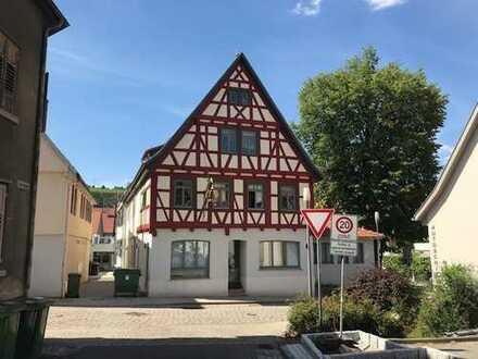 Schöne 3-Zimmer Wohnung mit Galerie in Besigheim (Kreis Ludwigsburg)
