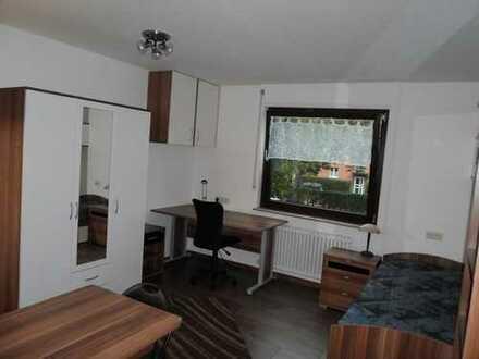 1-Zimmer-Appartement renoviert und komplett möbliert