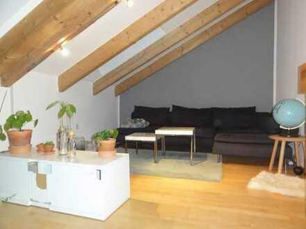 Optisches Highlight, 3 Zimmer Dachgeschosswohnung in Aichach