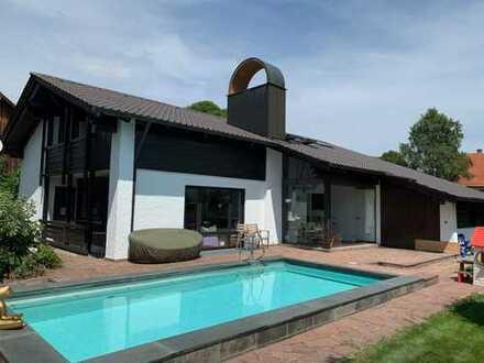 Schönes, geräumiges Haus mit sechs Zimmern im Lkr. Starnberg; im Herzen des 5-Seen-Landes