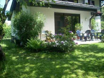 Ruhige, exquisite Gartenwohnung in Wald- und Seenähe