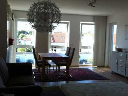 Neuwertige 3-Zimmer-Wohnung mit Balkon und EBK in Augsburg