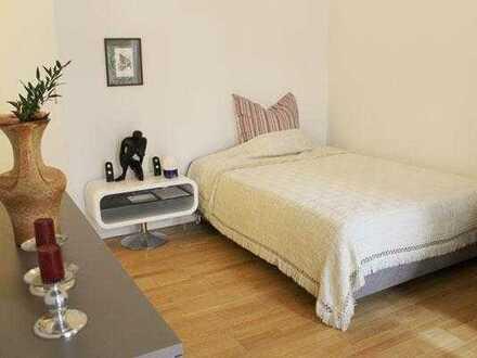 Voll möbliertes apartment mit eigenem Bad und Kitchenette. Warmmiete inkl. aller Nebenkosten, WLAN u