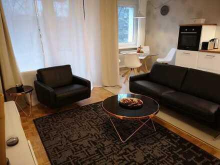 Sehr schöne, helle, stilvolle, komplett ausgestatte Wohnung